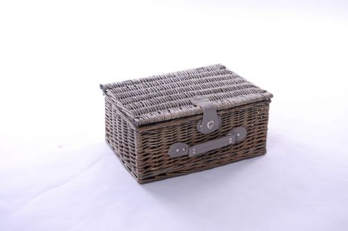 Medium 2 Person Picnic Set with Green Tweed Lining